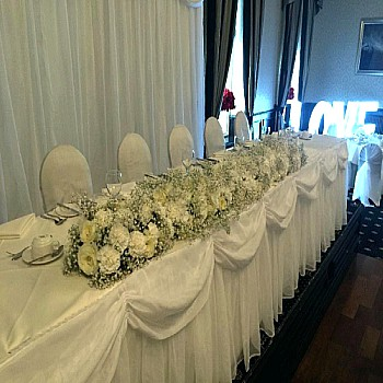 Long top table flowers